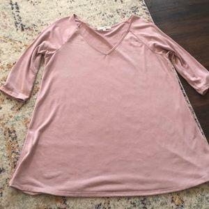Rose 3/4 sleeve tunic size Medium